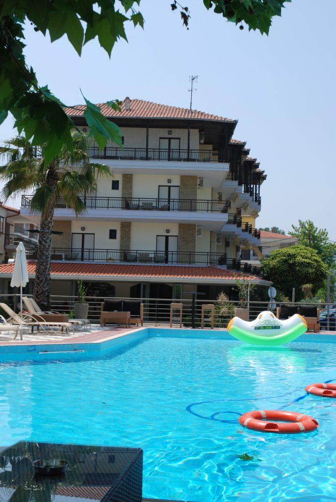 Pool photo 2