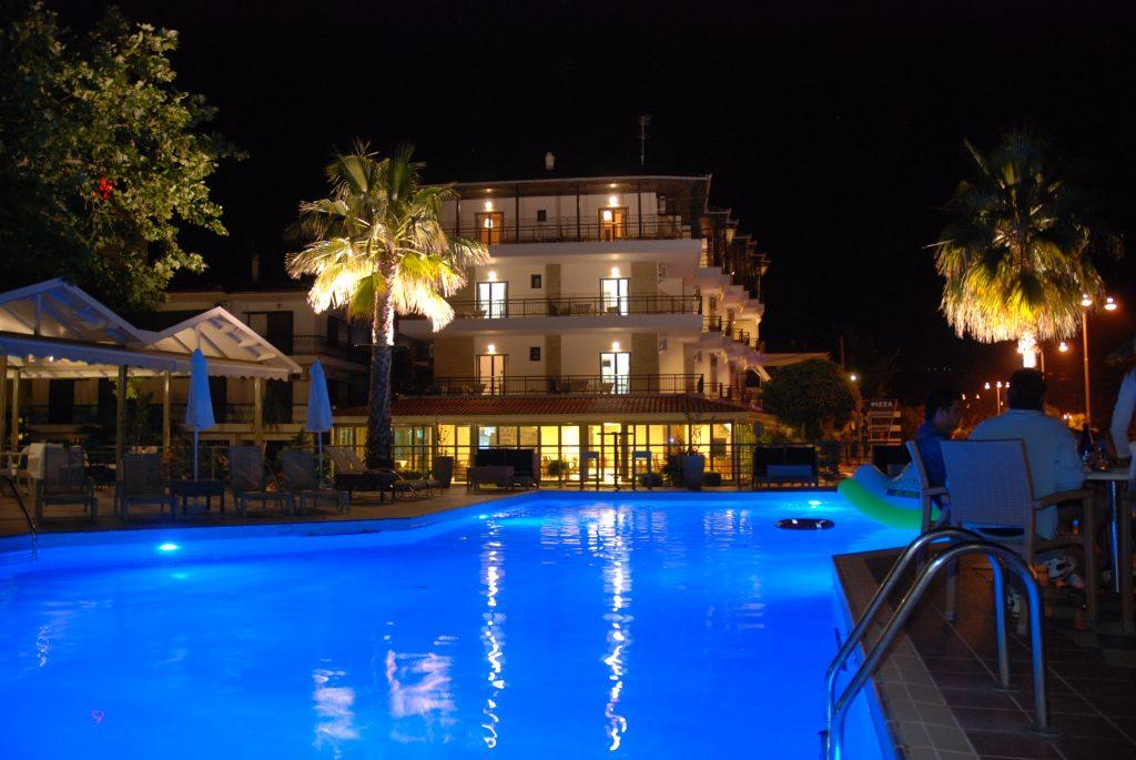 Pool photo 5